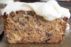 Low fodmap banana bread with cream cheese icing